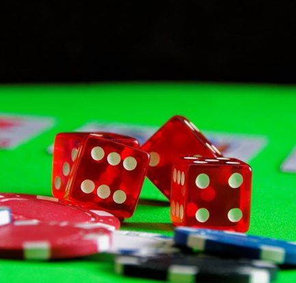 Just How To Play Online Casino Poker Betting