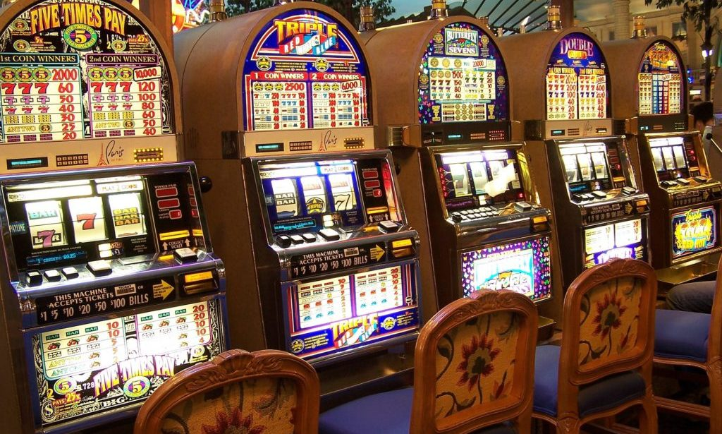 Why Do Online Casino Greater Compare To Barack Obama